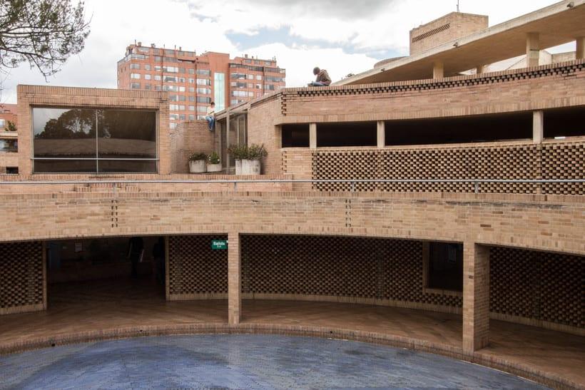 Facultad de Ciencias Humanas de la Universidad Nacional de Colombia, Bogotá | Arq. Rogelio Salmona 1995 13