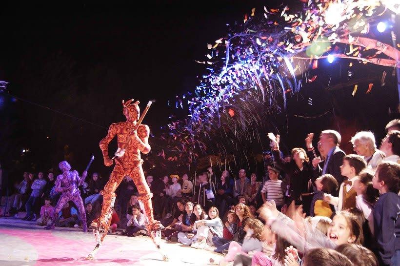 ALE HOP teatro imaginario,circo contemporaneo... 3