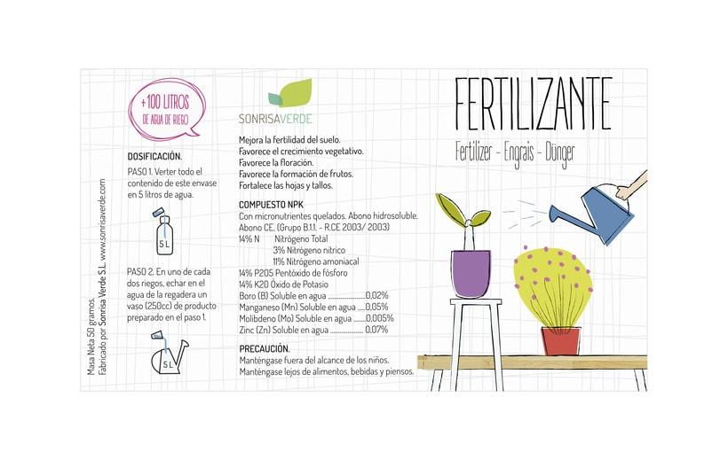 Logotipo, etiquetas y expositor para fertilizante 9