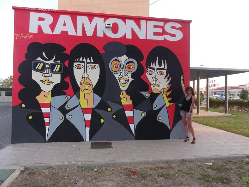 Mural RAMONES Murcia (Los Alcázares ) 8