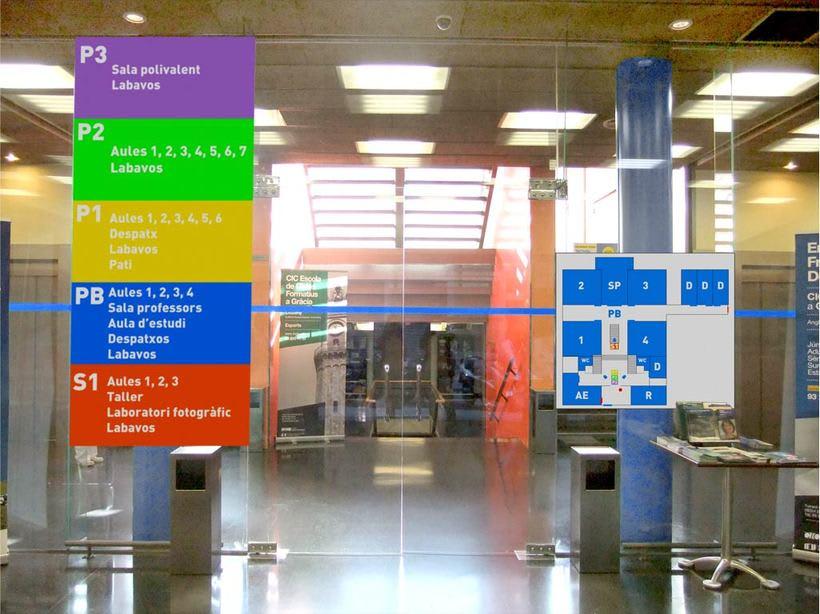 Propuesta de nueva señaletica de la sede de ICCIC - Elisava en Gracia. 0