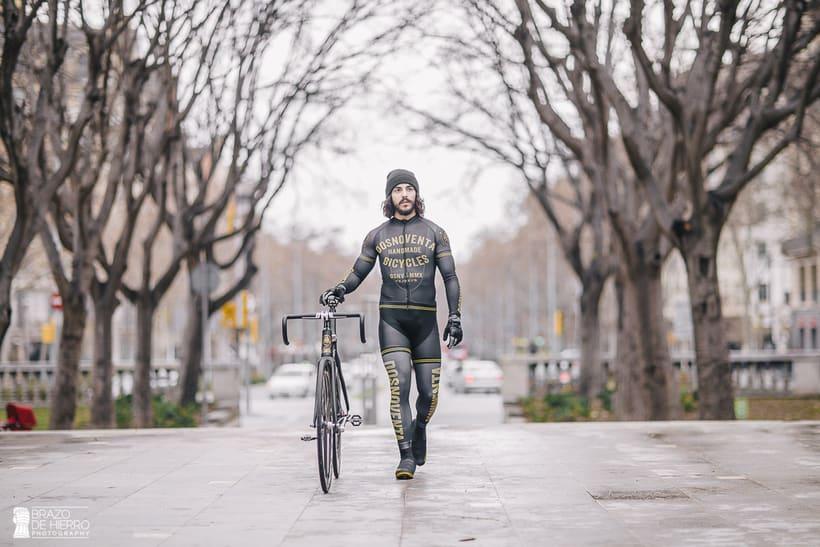 Dosnoventa Bikes // Cycling kits 1