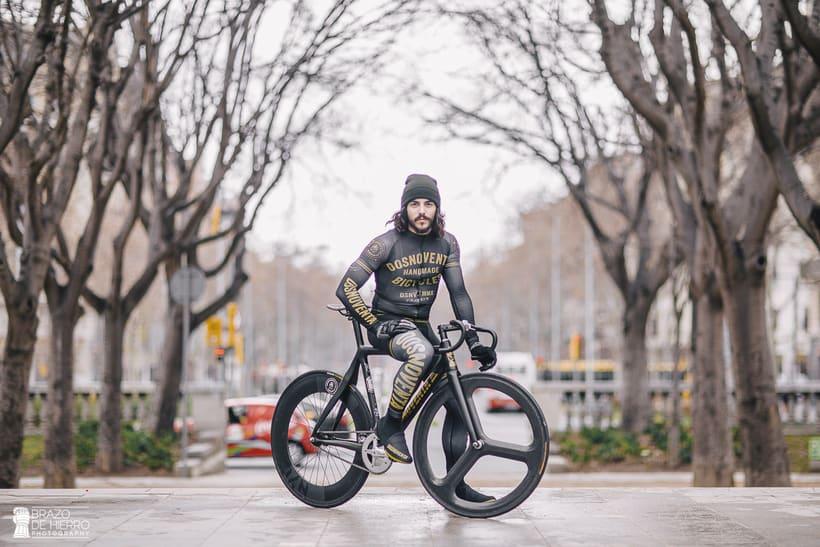 Dosnoventa Bikes // Cycling kits 3