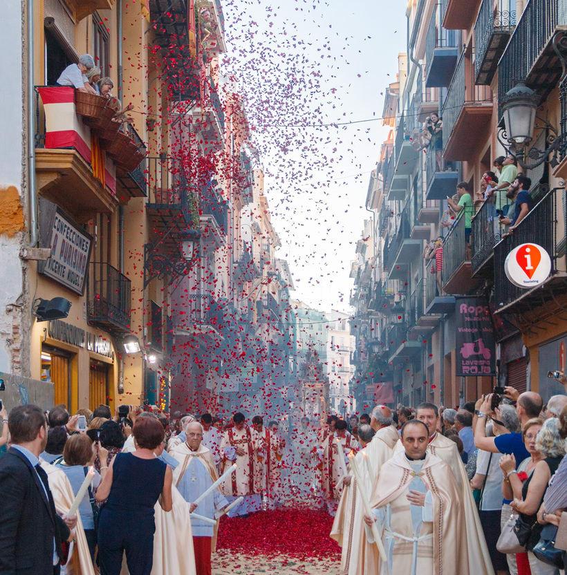 Fiestas y tradiciones 12