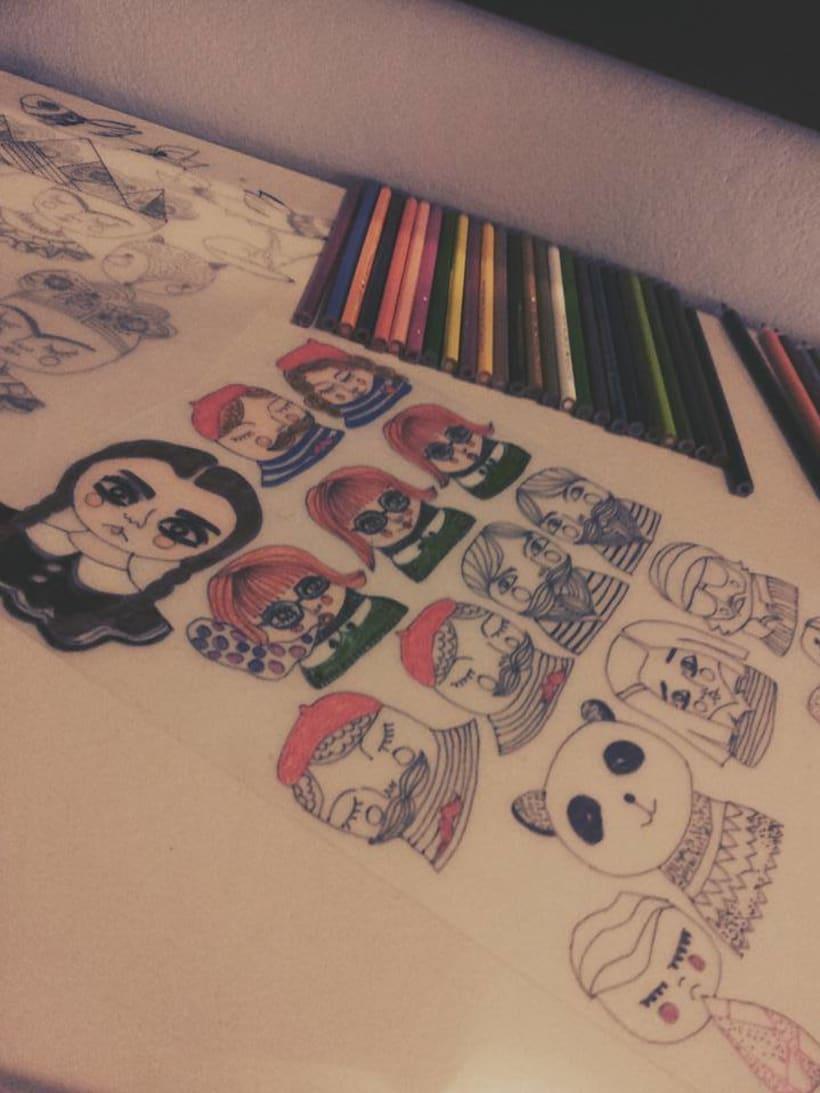 Joyeria Artesanal en plastico hecha a partir de mis Ilustraciones Originales.  4
