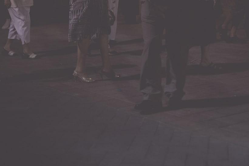 Feet -1