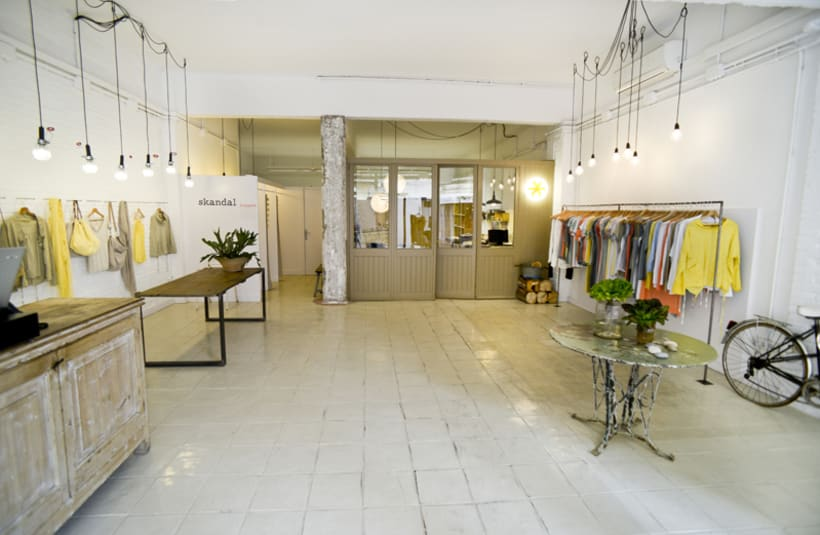 ARQUITECTURA & ESPACIOS  >>  * Arquitectura * Decoración * Interiorismo * 1