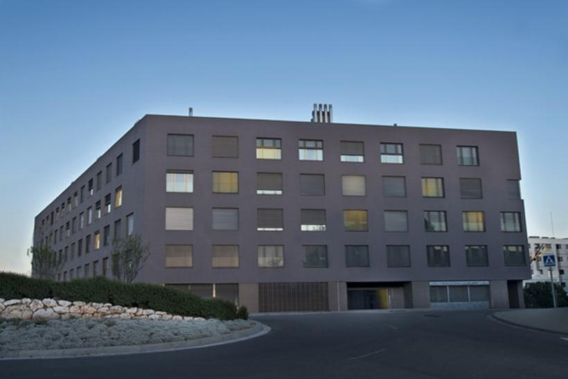 ARQUITECTURA & ESPACIOS  >>  * Arquitectura * Decoración * Interiorismo * 28