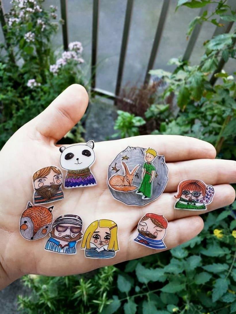 Joyeria Artesanal en plastico hecha a partir de mis Ilustraciones Originales.  8