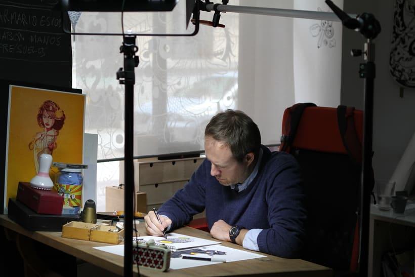 Alquiler de puesto de trabajo para diseñador, programador, ilustrador...en estudio compartido (coworking). Chamberí, Madrid centro. 3
