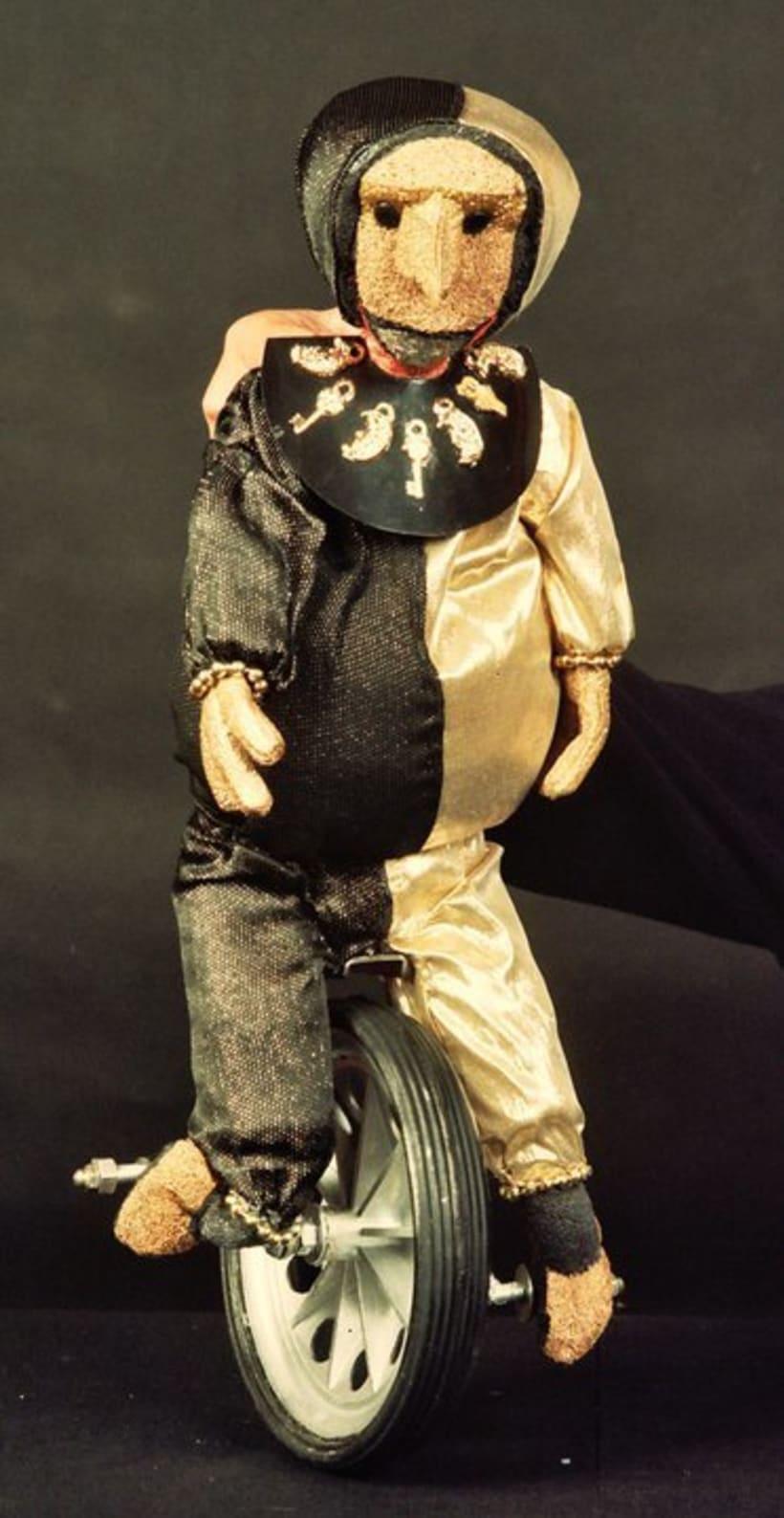 Puppets by Andrés Leyton 7