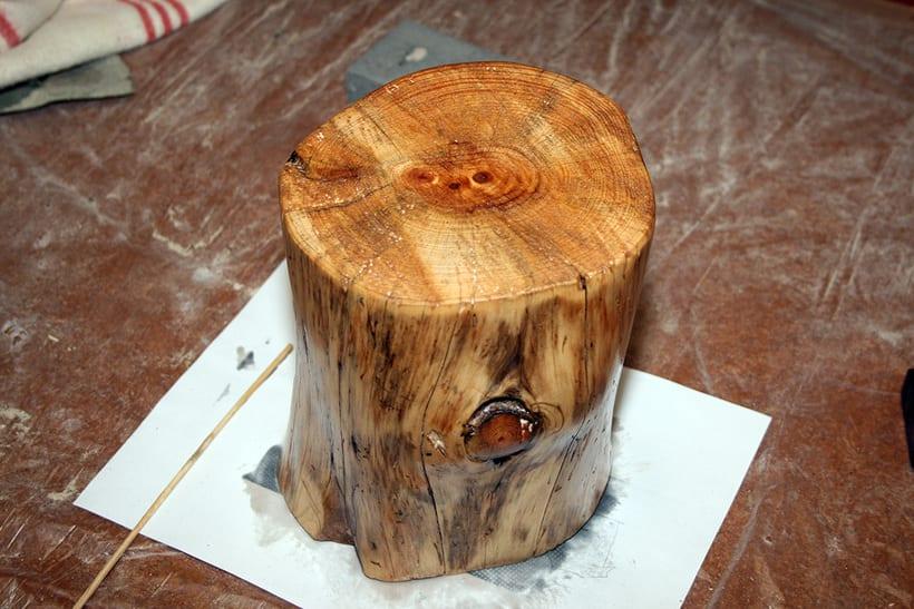 Creación de una lámpara a partir de un tronco de madera. 0