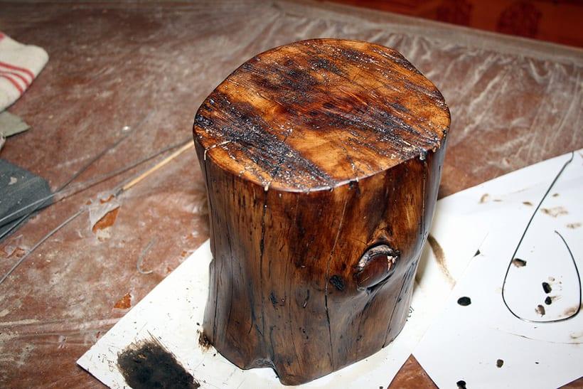 Creación de una lámpara a partir de un tronco de madera. 1