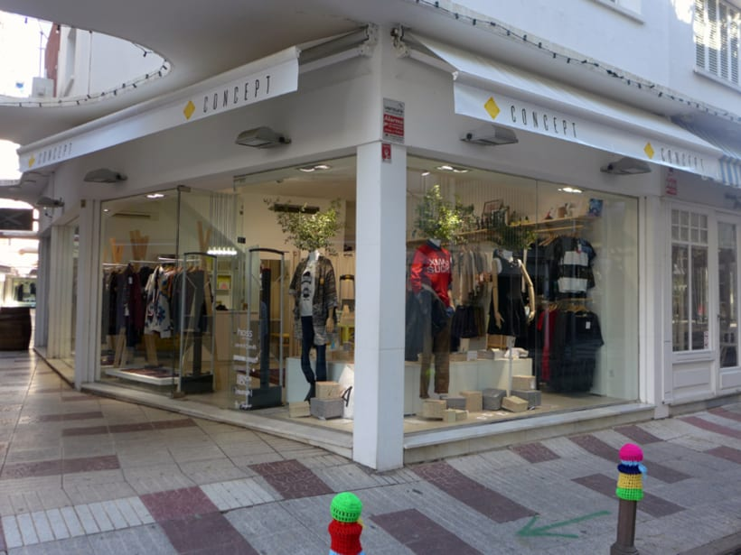 Concept: imagen de la tienda (gráfica e interiores) y materiales gráficos 8