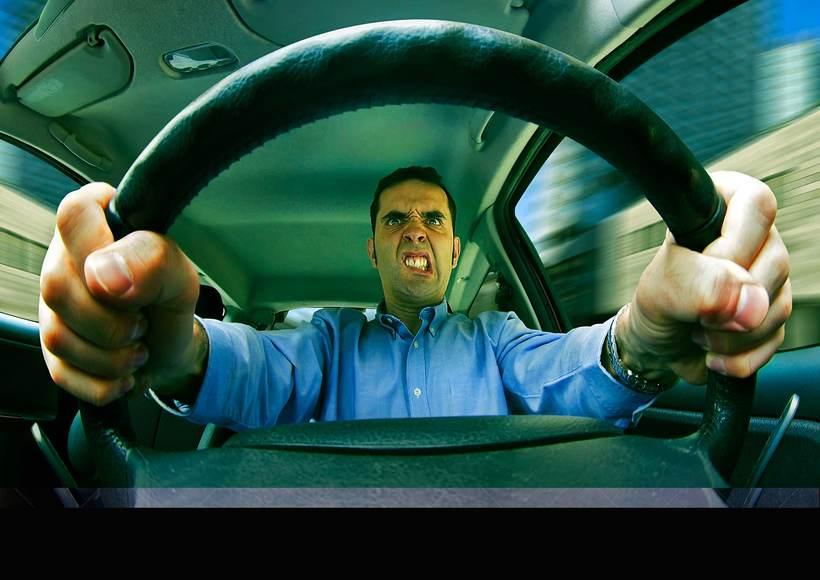 """Dirección General de Tráfico """"DGT"""". """"Estás conduciendo no en la guerra"""" 3"""