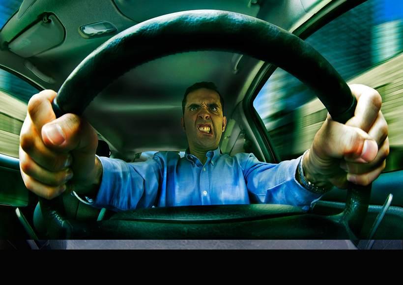 """Dirección General de Tráfico """"DGT"""". """"Estás conduciendo no en la guerra"""" 4"""