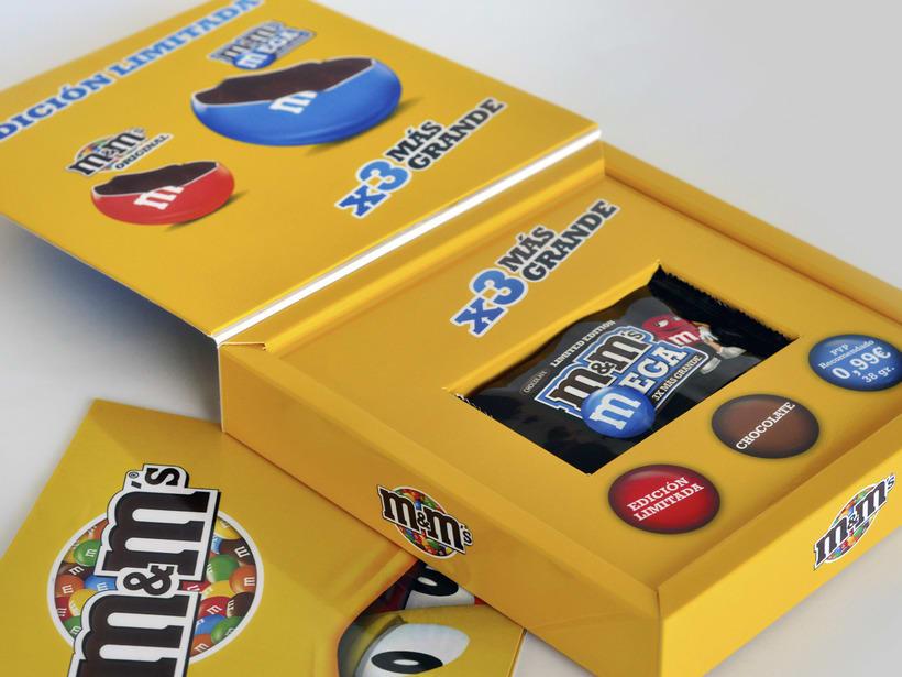 M&M Mega. Diseño materiales lanzamiento. 2