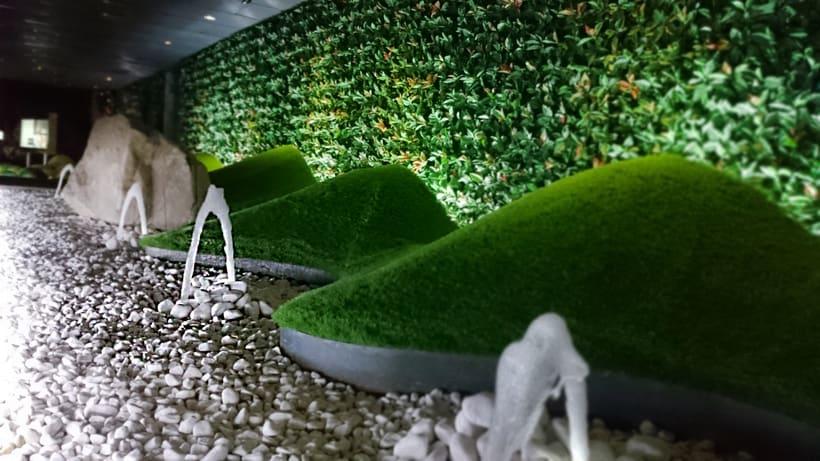 Zouk Hotel. Jardín Escenográfico para la Recepción de Clientes 8