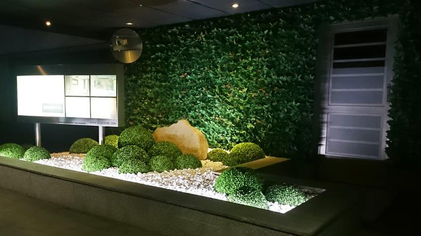Zouk Hotel. Jardín Escenográfico para la Recepción de Clientes 10