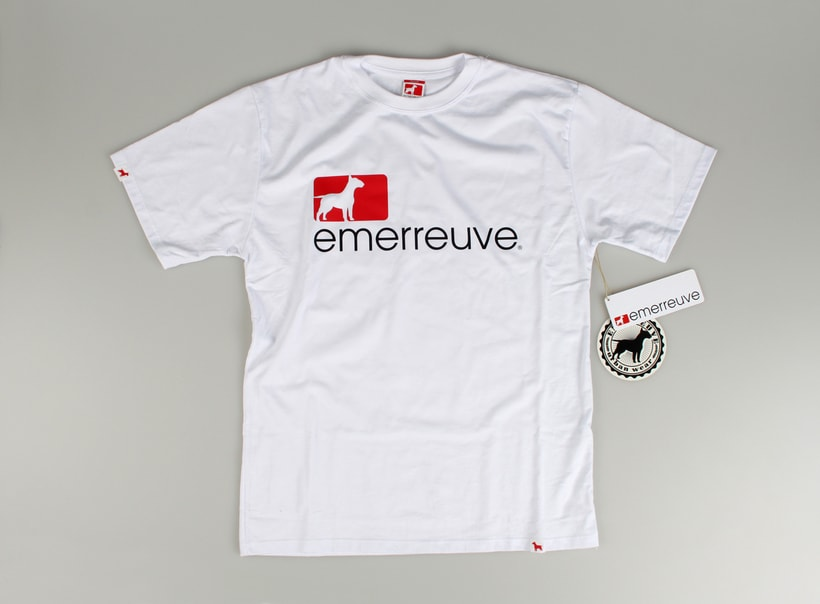 EMERREUVE CLOTHING 11