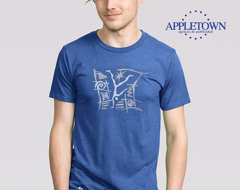 Agencia de publicidad Appletown. Camiseta promocional para clientes y amigos. -1