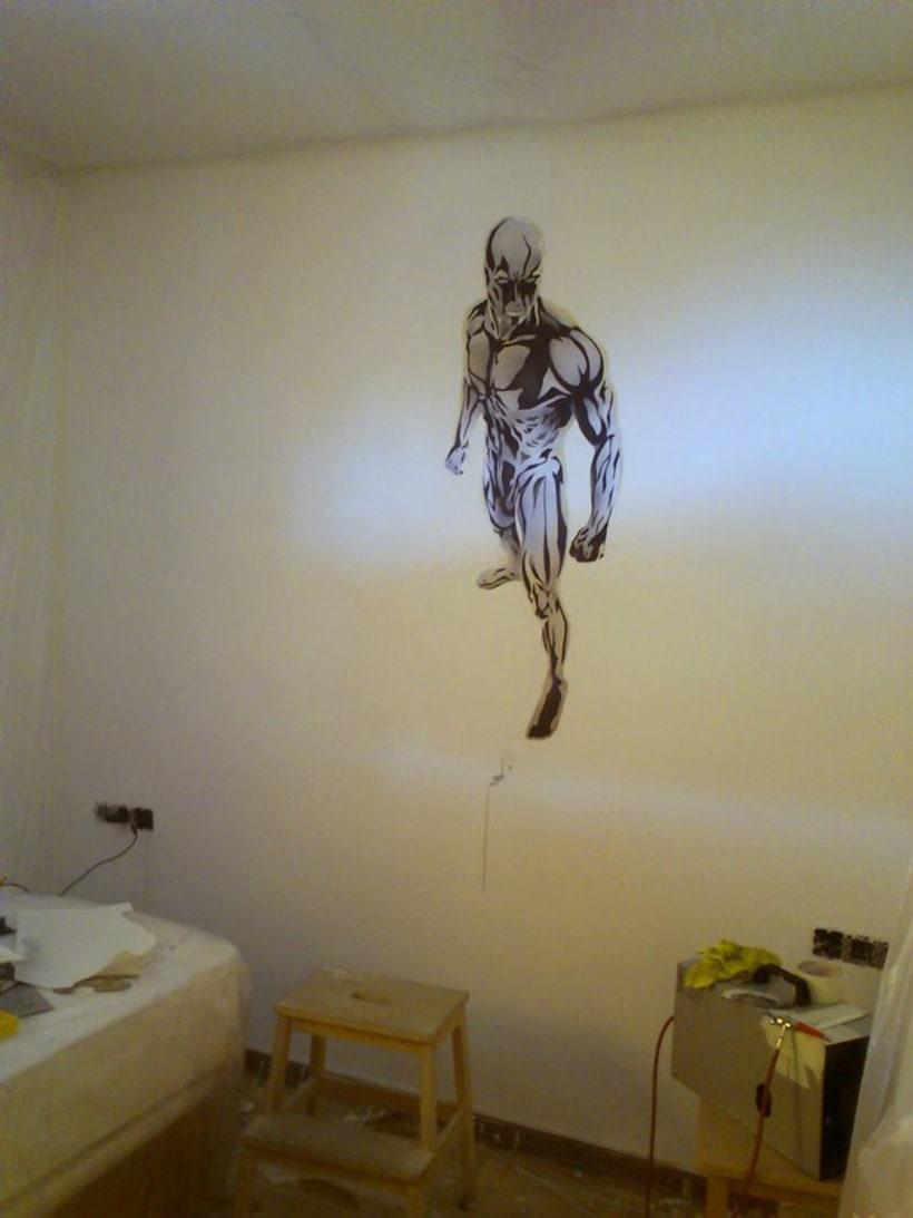"Mural ""Estela Plateada"" (Silver Surfer) 3"