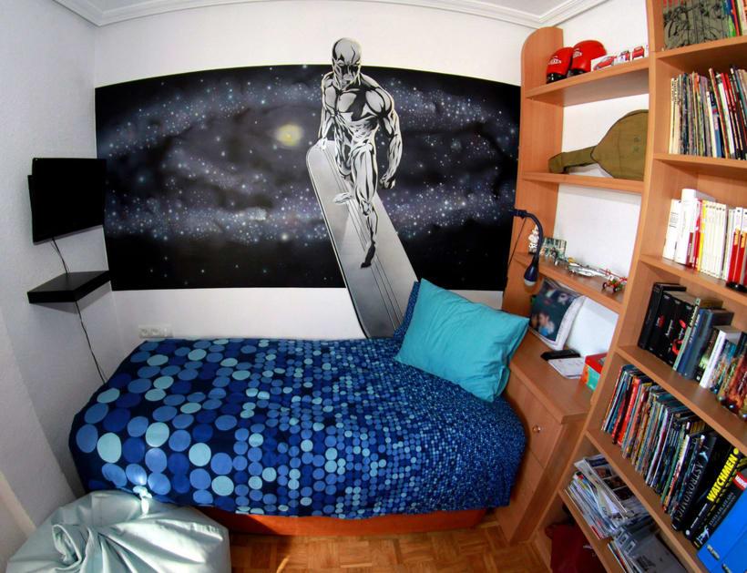 "Mural ""Estela Plateada"" (Silver Surfer) 9"