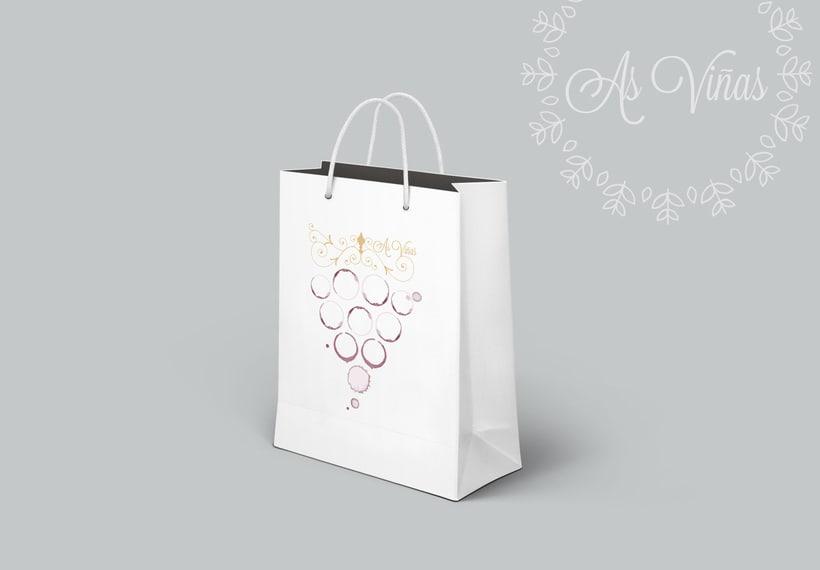 "Logotipo/ tarjeta visita  ""As Viñas"" . Enología Familiar. Alojamiento entorno rural. 4"