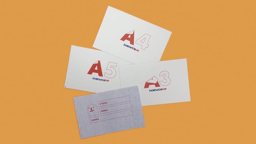 Diseño de logo y tarjeta risográfica para el Sandwich Club 0