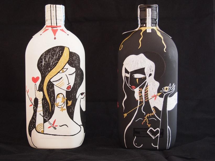 Tequila y Mezcal Alacrán, botellas ilustradas 2