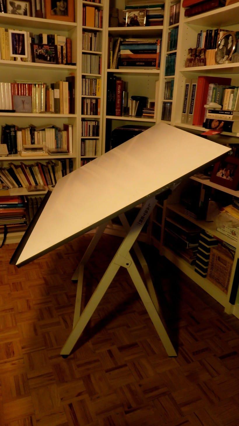Vendo mesa y silla de dibujo técnico 1