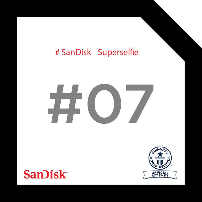 SanDisk SuperSelfie 15