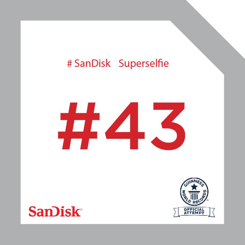 SanDisk SuperSelfie 25
