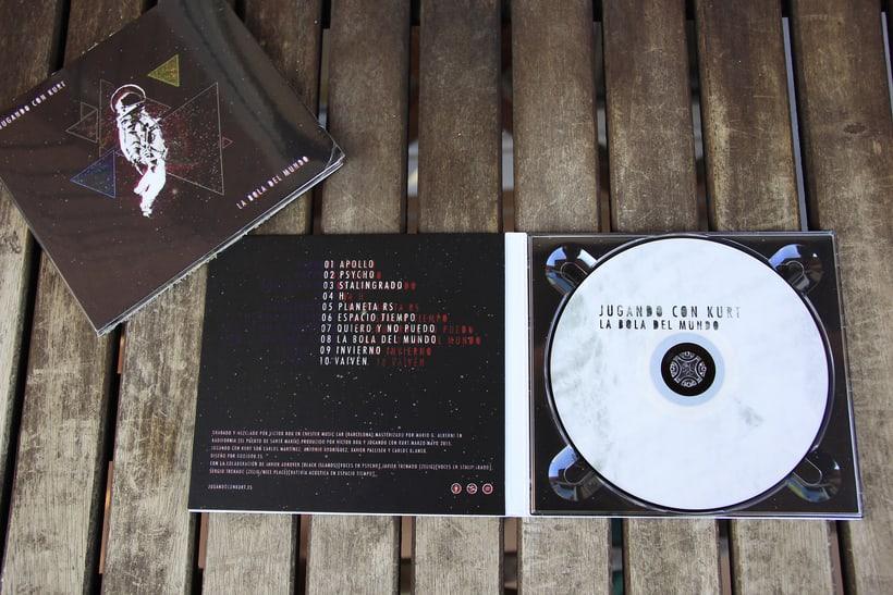 Portada LP Jugando con Kurt - La Bola del Mundo 5