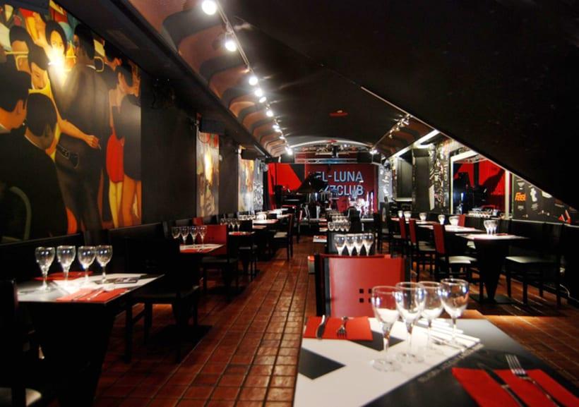 En el Top Ten anual del mejor grafismo, inetrior y exterior, en la ciudad de Barcelona 1