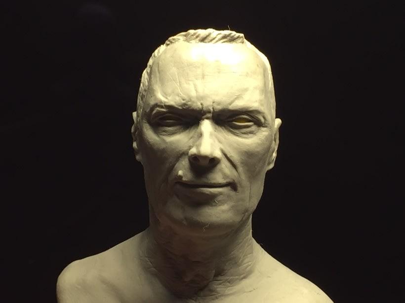 Busto miniatura 1/6 de Clint Eastwood 13
