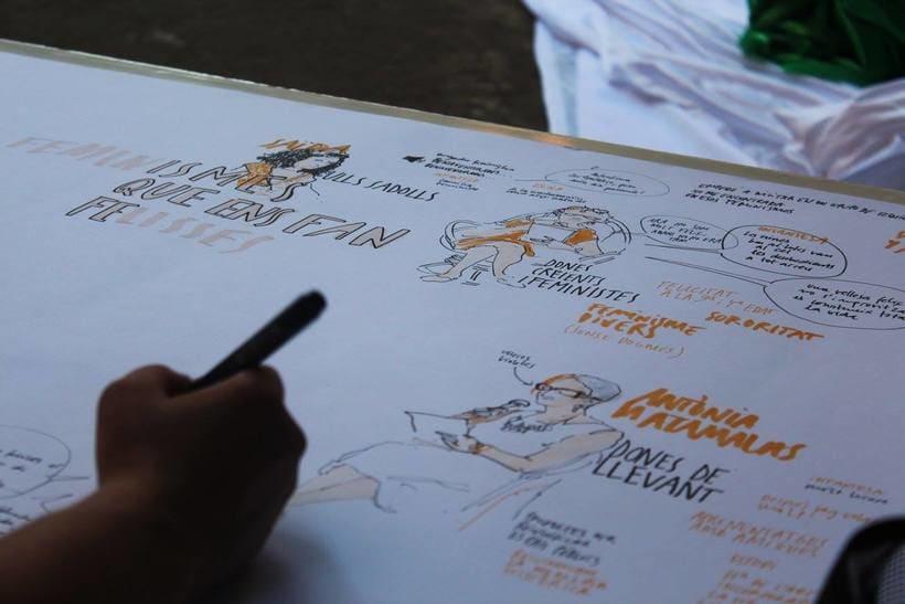 """Live drawing """"Els feminismes que ens fan felices"""" 2"""