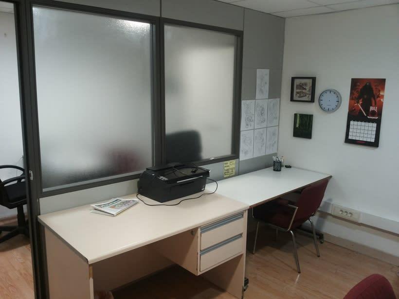 Buscamos compañeros para espacio de trabajo en Barcelona (Gràcia). ¡URGE! 75€/mes 3