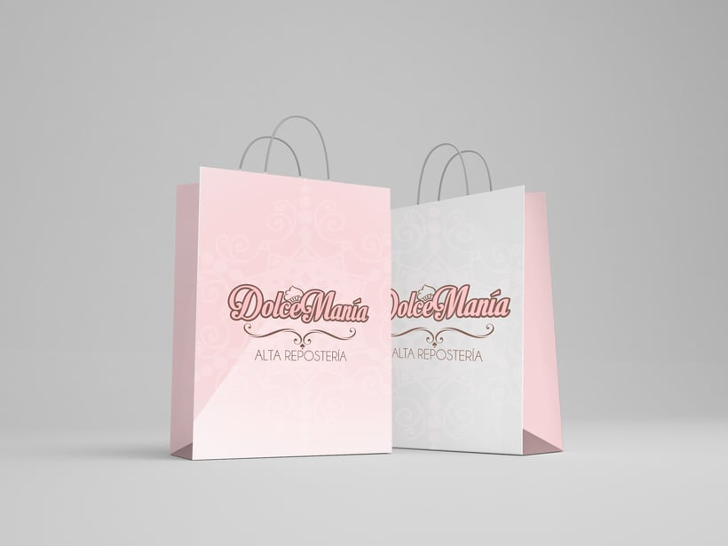 Dolce Manía Cupcakes Branding 0