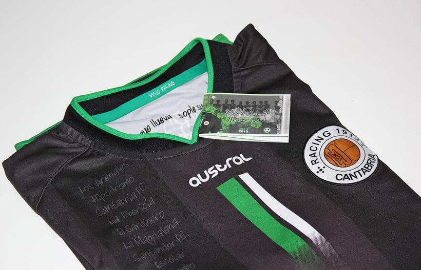 Librillo-Etiqueta para la camiseta del Centenario de Real Racing Club 2