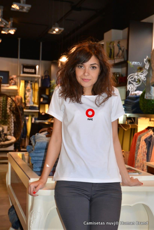 Nuevas camisetas nuvj con Mireia Blanes. 2