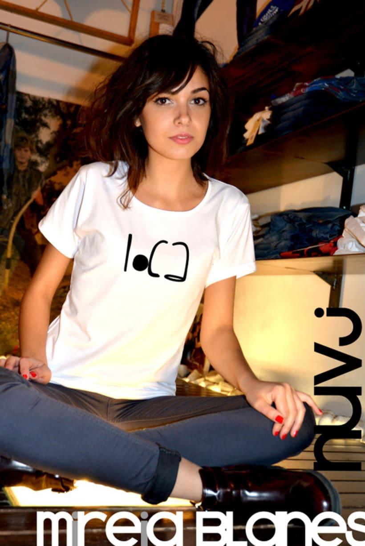 Nuevas camisetas nuvj con Mireia Blanes. 3