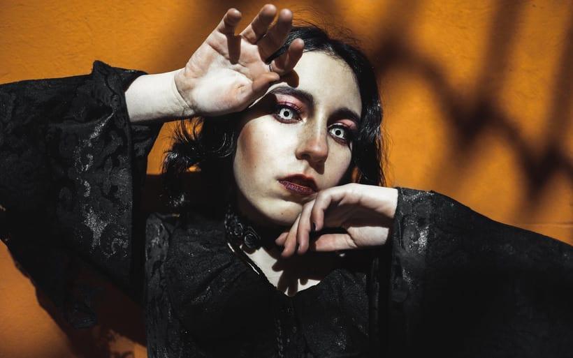 Goth 12