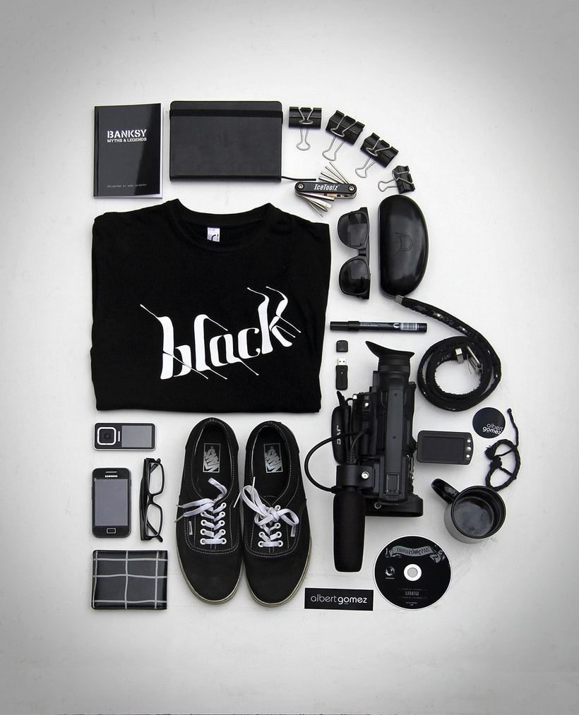 B of BLACK 0