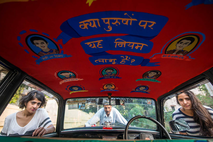 Transportan el diseño a través de taxis en Mumbai  11