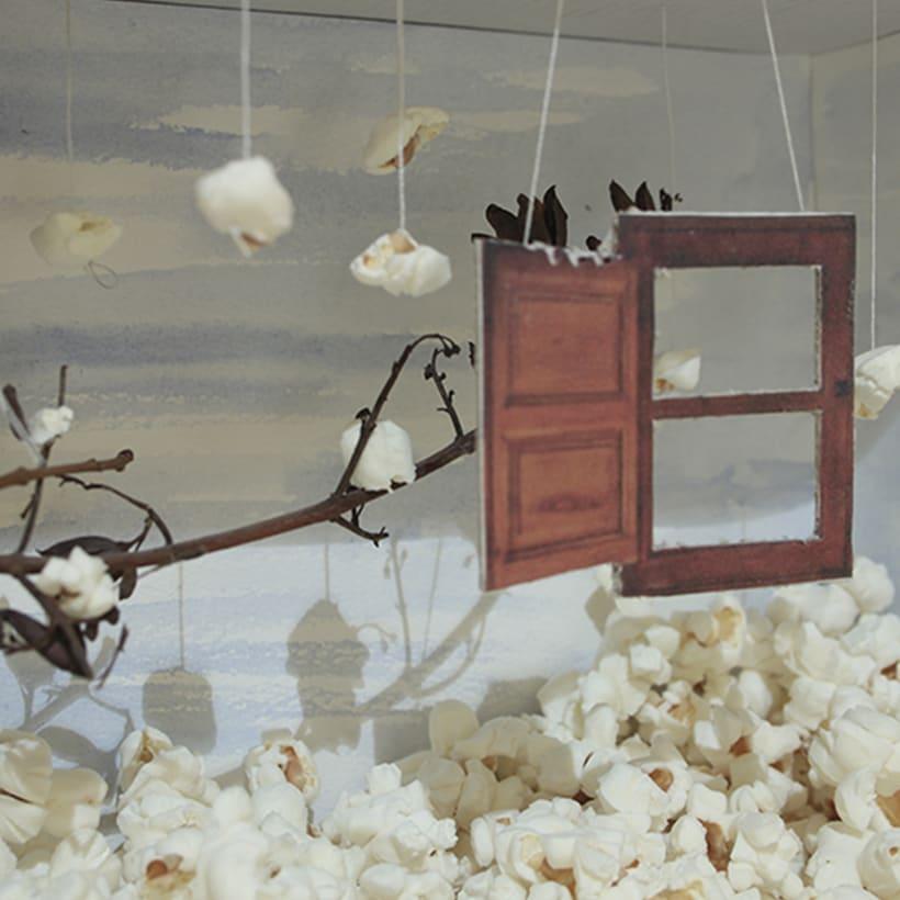 Una ventana abierta a la imaginación (1º premio concurso regional de Escaparatismo) 0