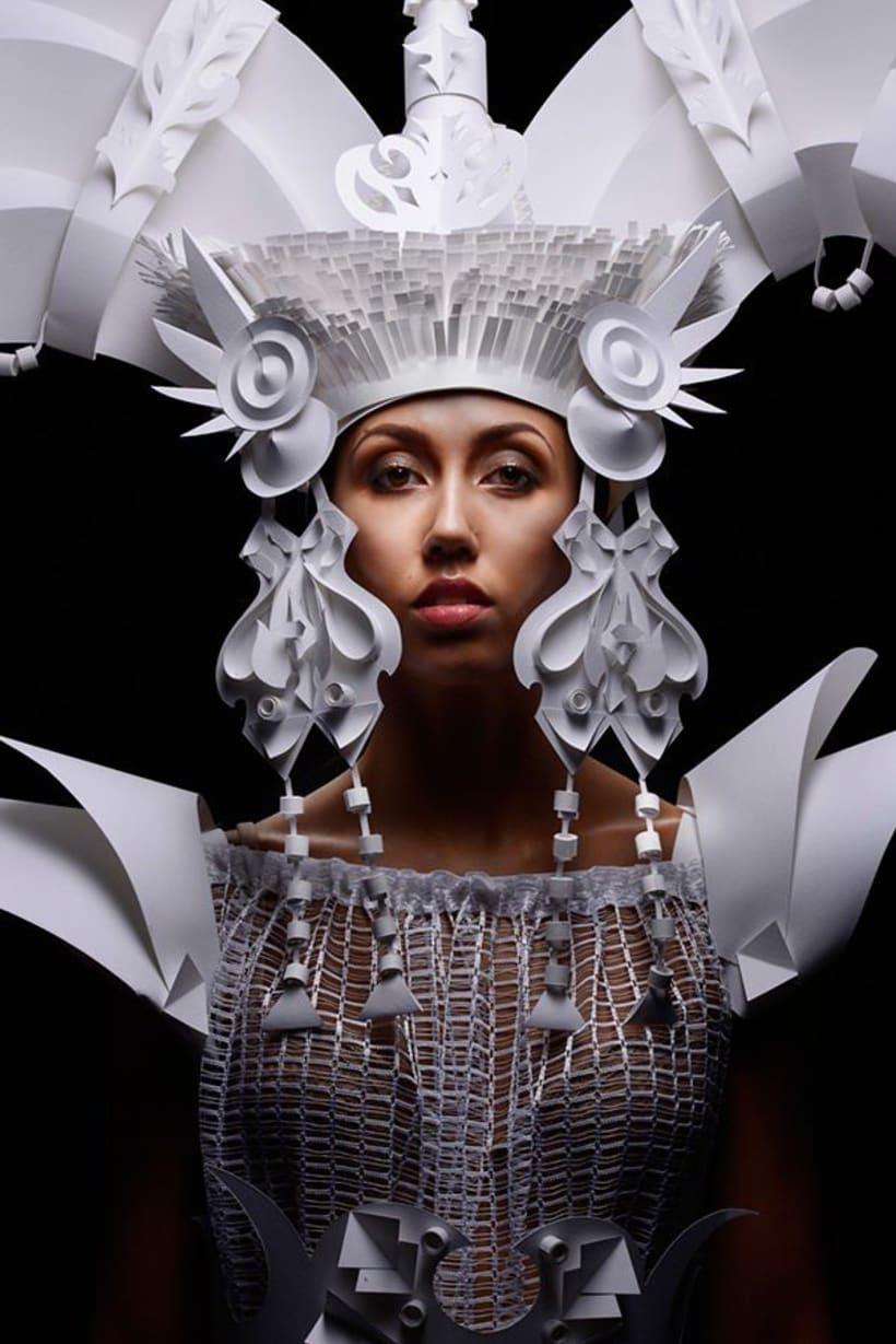 Asya Kozina, maestría para convertir el papel en arte  2