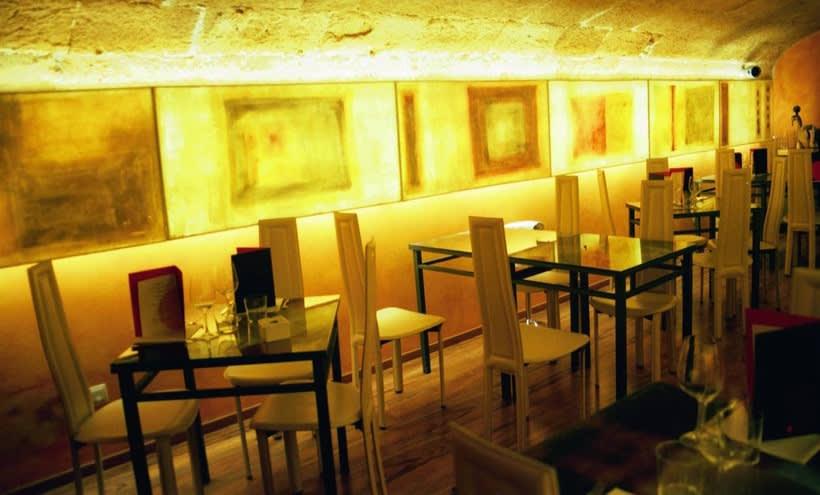 diseño de  luz para el restaurante MAKING TAPAS  palma de mallorca 3