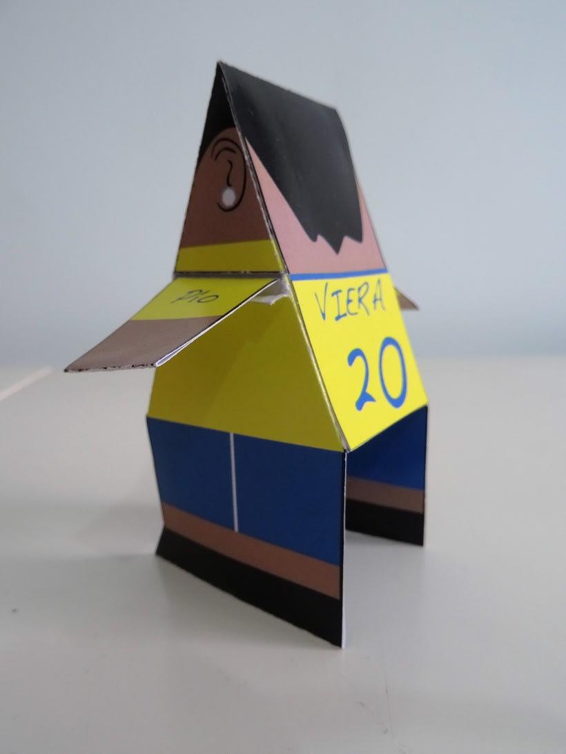 """""""La Liga"""" paper toys 12"""