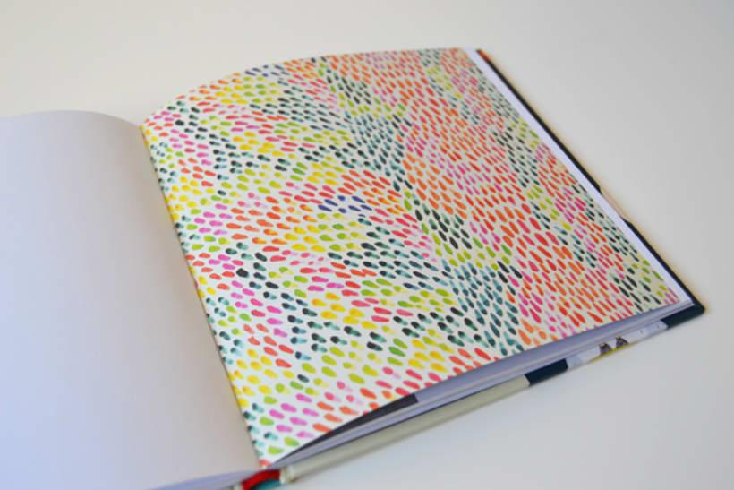 Publicación de estampados en el libro From rain to rainbows 5